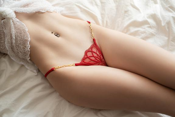Mini Tanga Little Red - sexy Lucky Cheeks Dessous